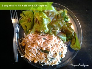 Spaghetti with Kale and Chickpeas